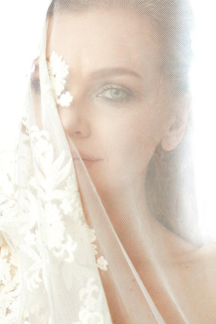 На Елене: платье Victoria Andreyanova