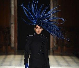 Неделя Высокой моды в Париже: прекрасные ведьмы на показе Julien Fournie