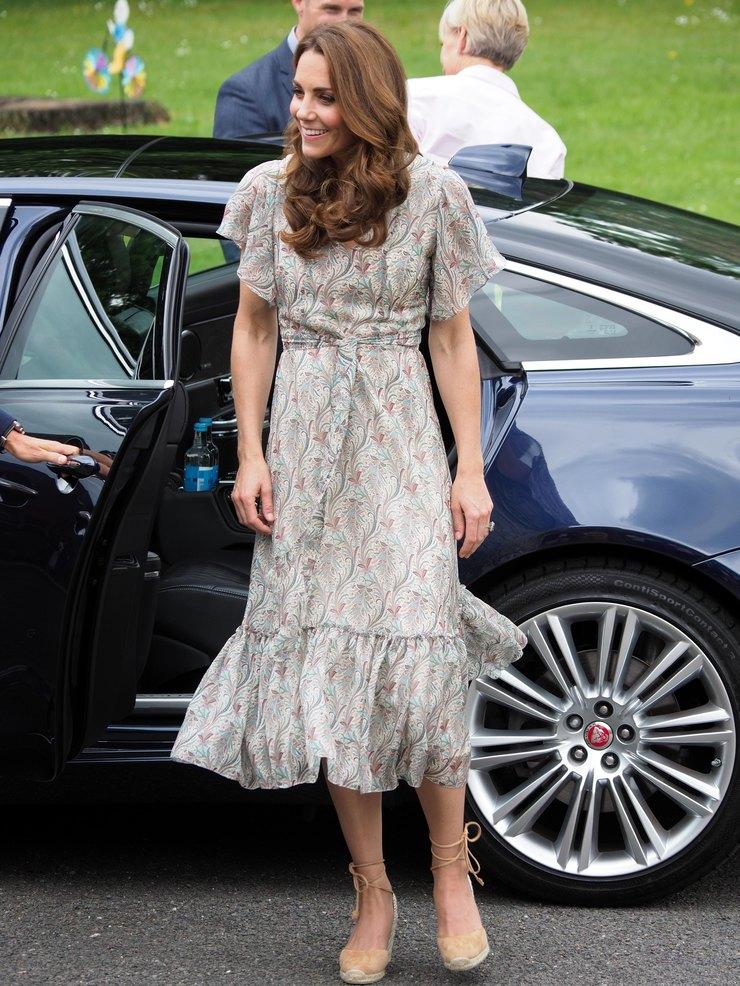 Кейт Миддлтон вплатье Ridley London