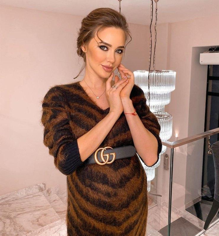 Анастасия Костенко трогательно поздравила брата сднем рождения