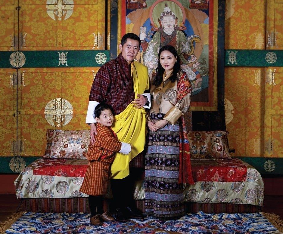 свадьба короля бутана фото показывает, что