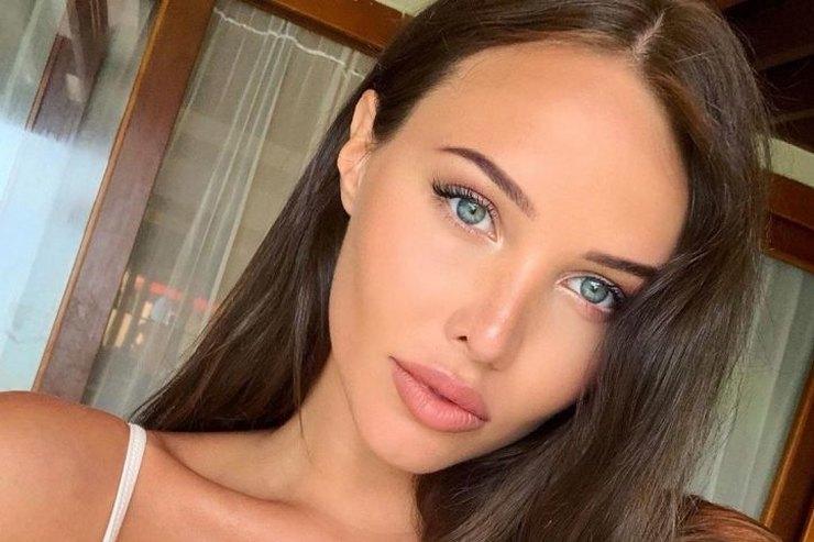 Анастасия Решетова умилила фанатов фото ссыном черезнеделю после родов