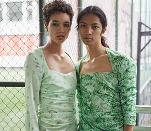 Гламур на максимум: платья в стиле 80-х, которые можно надеть днем и вечером