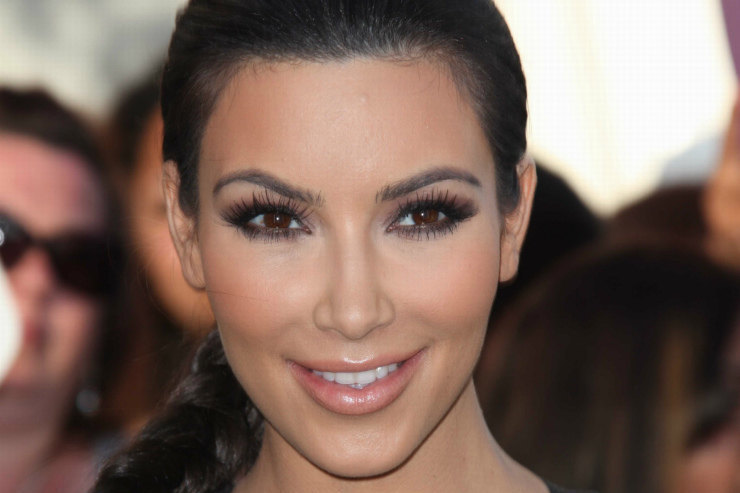 Как (и длячего?) Ким Кардашьян поддержала Меган Маркл ипринца Гарри