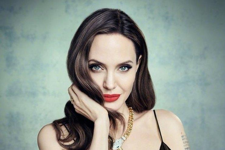 Анджелина Джоли призналась, что ей после развода тяжело далась роль Малефисенты