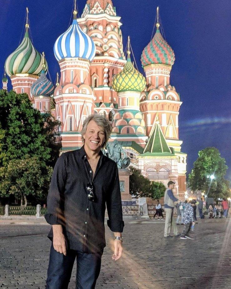 Джон Бон Джови посетил Москву вмарте 2019 года