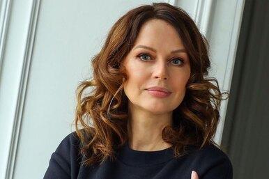 «Судьбе было угодно, чтобы ему навсегда осталось 25,5»: Ирина Безрукова показала кадры спогибшим сыном вдень его рождения