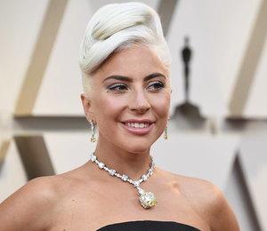 Леди Гага в колье со 128-каратным бриллиантом получила «Оскар»