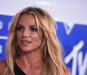 Ягодка опять: Бритни Спирс похвасталась спортивной фигурой