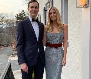 Иванка Трамп в блестящем платье с бархатным поясом сходила на свидание с мужем