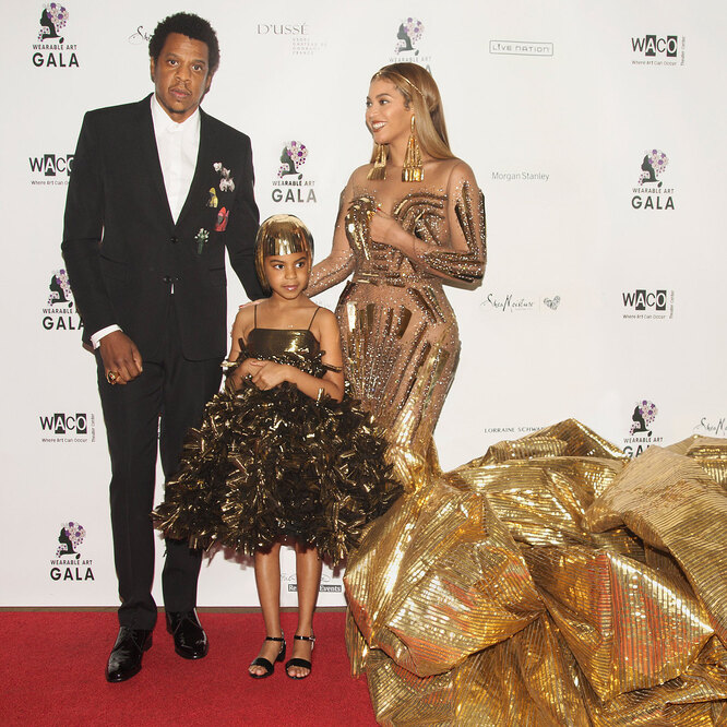 Бейонсе и Джей Зи с дочкой