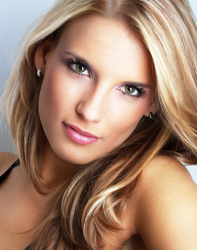главные ошибки при нанесении макияжа фото