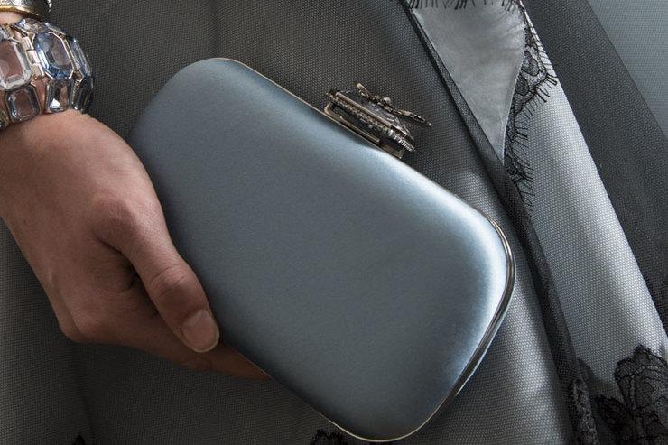 Жучки ипаучки: новая сумка Alexander McQueen Bug On Stone