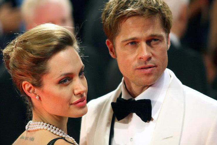 Анджелина Джоли затянула развод, чтобы вернуть Брэда Питта