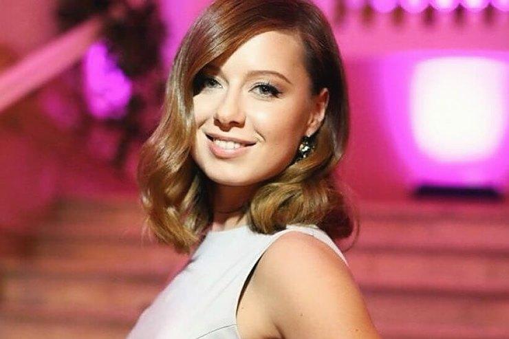 Юлия Савичева вобразе голливудской звезды восхитила поклонников