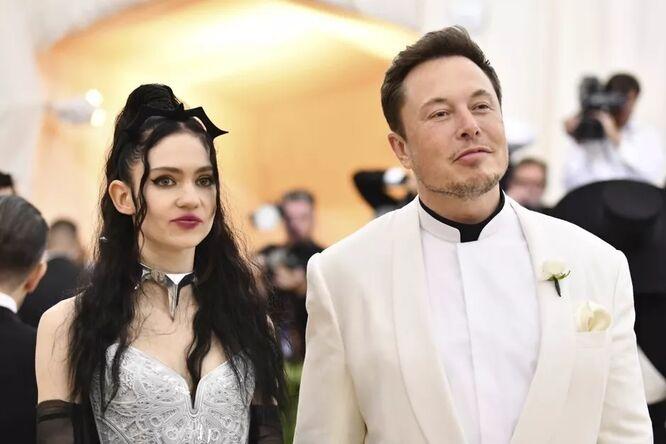 Граймс и Илон Маск начали встречаться в 2018 году