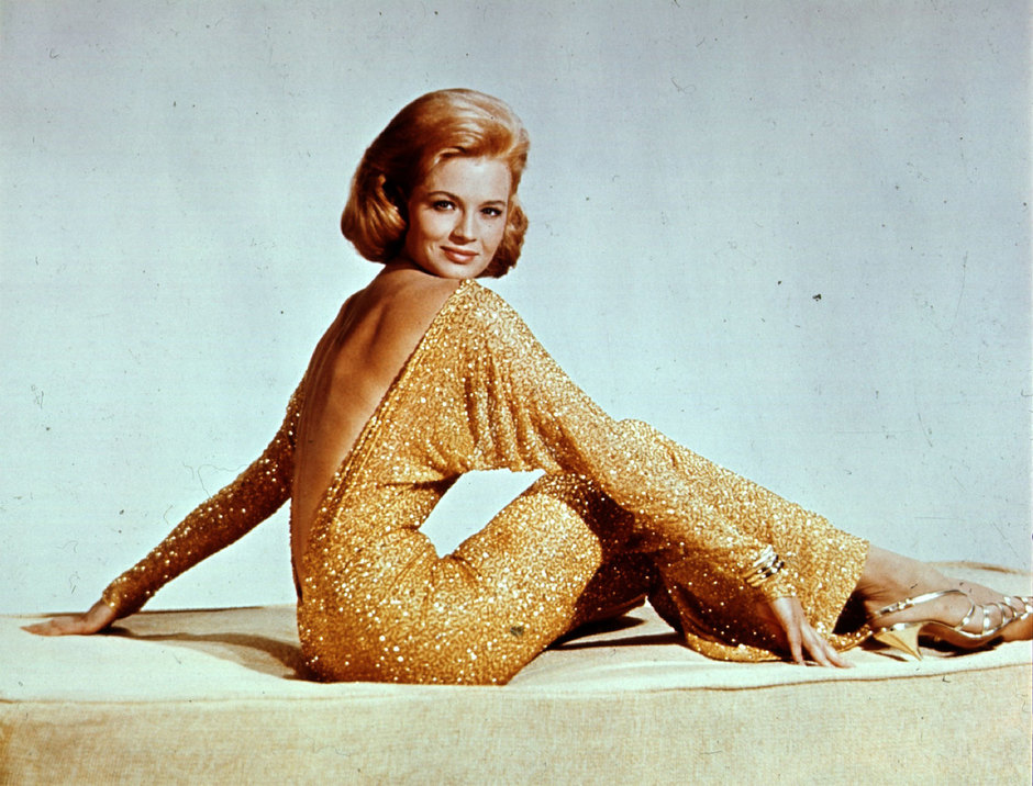 Энджи Дикинсон, 1965 год