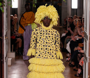 Неделя Высокой моды в Париже: красоты Западной Африки на показе Valentino