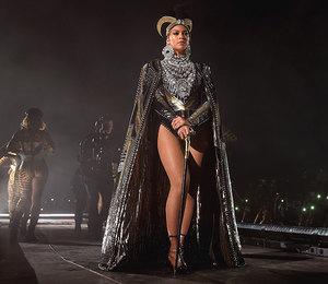 Секрет на миллион: кто одевает звезд в турне