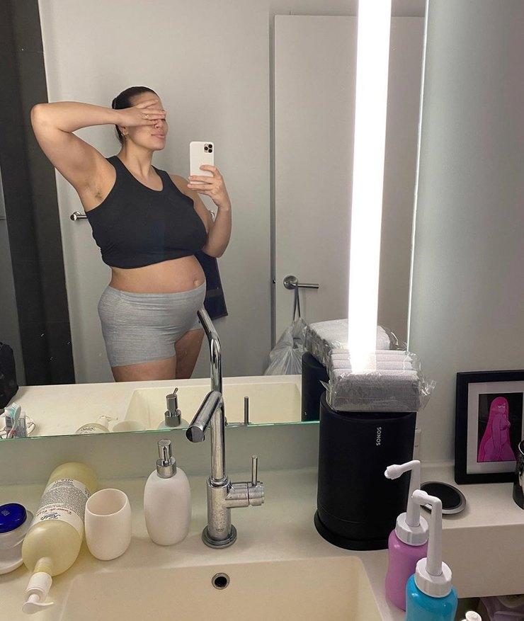 Так Эшли Грэм выглядит после родов