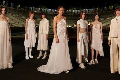 Богини наспорте: как прошел круизный показ Dior