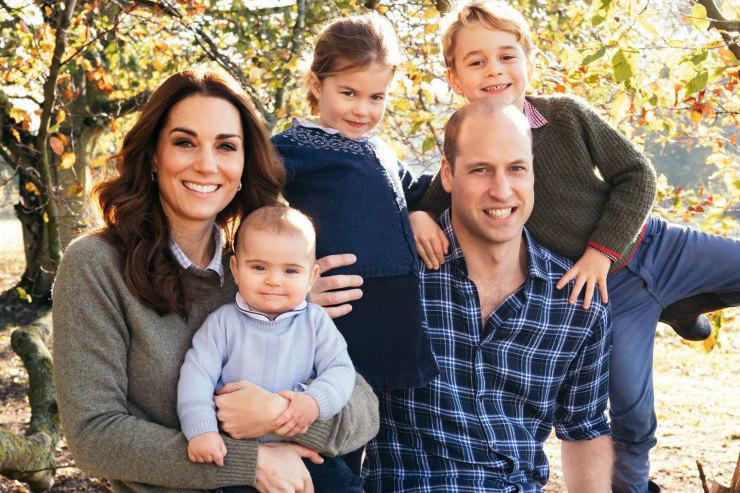 Принц Джордж оказался скромнее: что дети Кейт Миддлтон попросили уСанта-Клауса