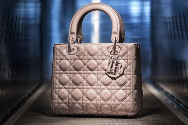 Как создается сумка Lady Dior