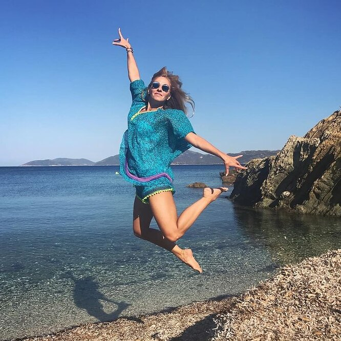 Пляжное фото Татьяны Навки