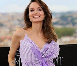 Словно Феникс: как изменился стиль Анджелины Джоли после развода