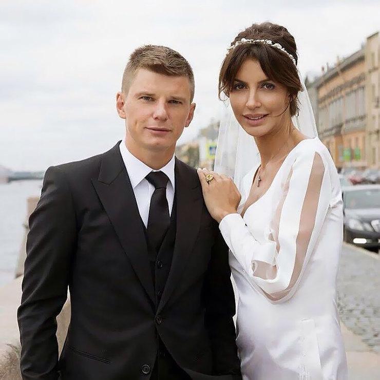 тем казьмина и аршавин свадебные фото ощупь, как большинства