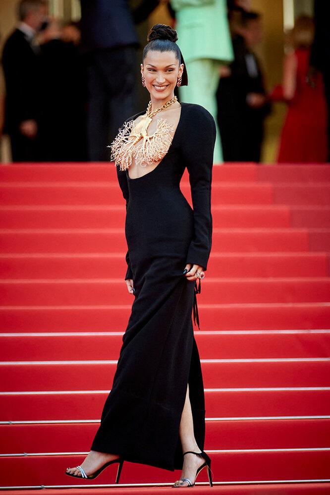 Белла Хадид на Каннском Кинофестивале, 2021