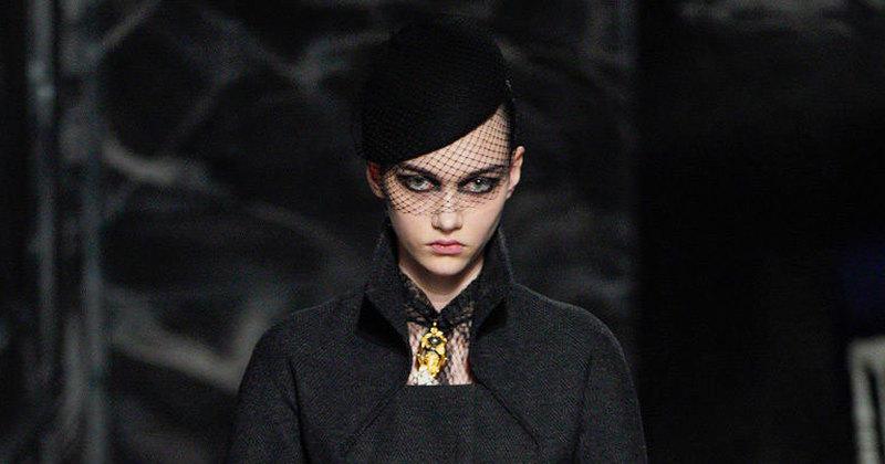 Неделя Высокой моды вПариже: черные-черные кариатиды напоказе Dior