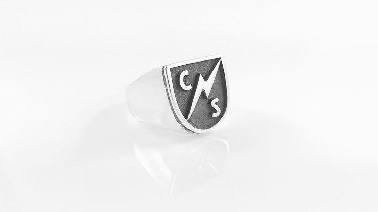 Перстень синициалами Коди Симпсона