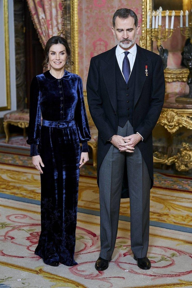 Королева Летиция икороль Филипп VI 2020 год