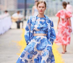 7 необычных принтов сНедели моды вНью-Йорке дляценительниц искусства