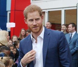 Принц Гарри решил отложить дела ради ухода за первенцем