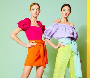 Блузки и платья, которые помогут сделать талию невероятно тонкой