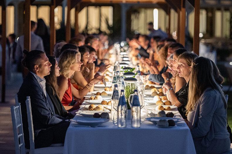 Торжественное открытие курорта Baglioni Resort Sardinia напобережье Сардинии