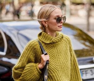 Как правильно носить свитер этой зимой? 7 вдохновляющих примеров от модниц