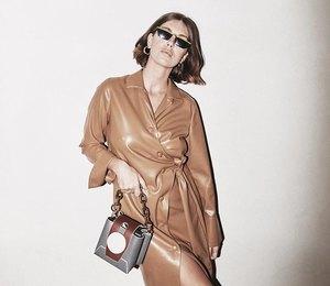 Платье-тренч:  горячий тренд этой осени, который превратит вас в аристократку