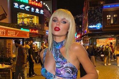 С челкой ив модном топе: певица Ханна сменила имидж