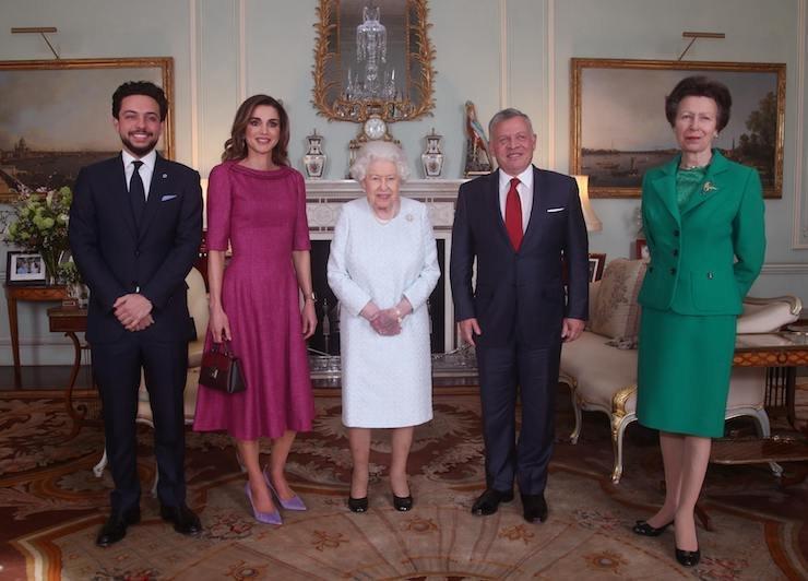 Принц Хусейн, королева Рания, Елизавета II, король Абдалла II ипринцесса Анна
