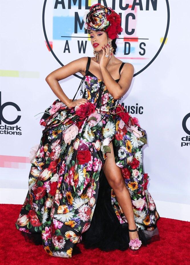 Карди Би на American Music Awards в 2018 году