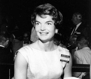 «Деньги дают лишь временное чувство свободы»: 10 вдохновляющих цитат отЖаклин Кеннеди