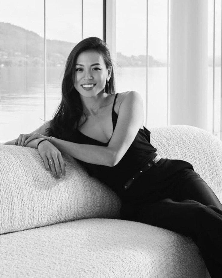 Дара Хуанг