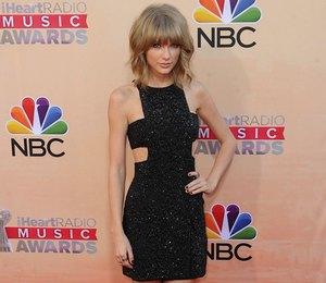 Образ недели: Тейлор Свифт на iHeartRadio Music Awards