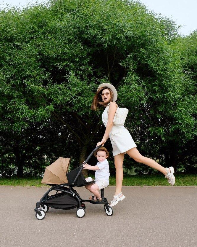 Надежда Серова с детьми