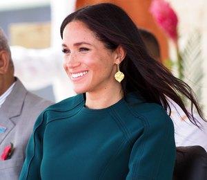 Меган Маркл настаивает на домашних родах вопреки королевским традициям