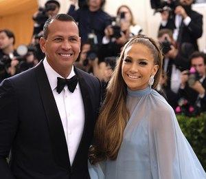 Инсайдеры: Дженнифер Лопес и ее бойфренд планируют свадьбу