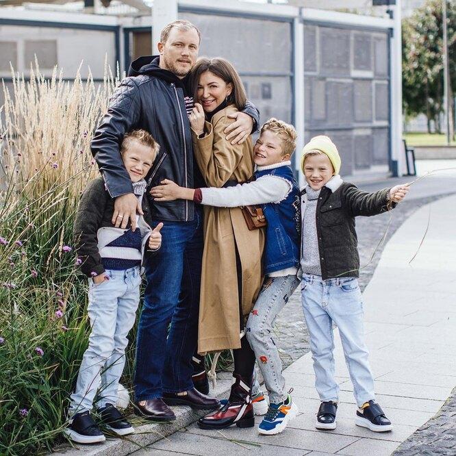 Елена Блиновская с семьей